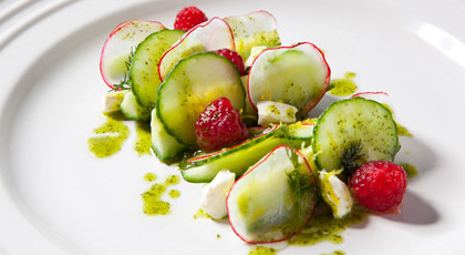 Raspberry_Cucumber_and_Dill_Salad