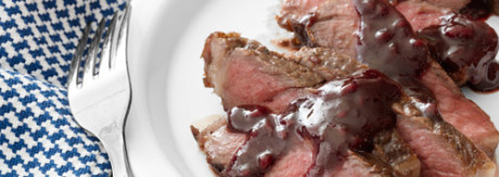 Rib-eye-steak-raspberry-sauce