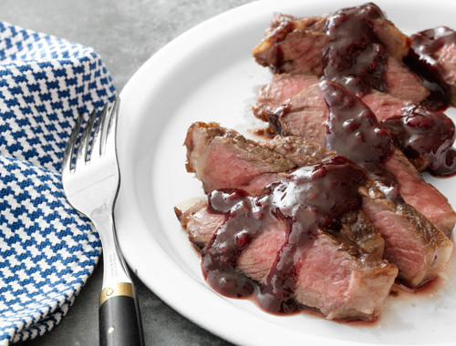 Rib Eye with Raspberry Sauce